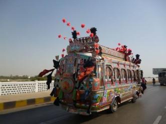 302145-mini-bus-karachi-lines-pakistan